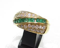 K18イエローゴールド 指輪 エメラルド0.57ct ダイヤ0.65ct