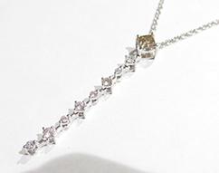 K18ホワイトゴールド ネックレス ダイヤ0.50ct 0.712ct