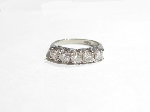 Pt900プラチナ指輪 ダイヤモンド1.00カラット 4.6g VS2~SI1ランク