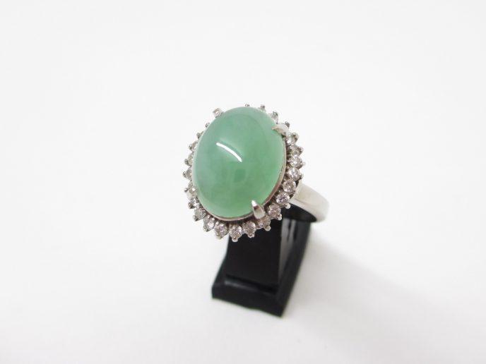 Pt850(プラチナ)指輪 ひすい(翡翠) 6.83ct ダイヤ0.48ct
