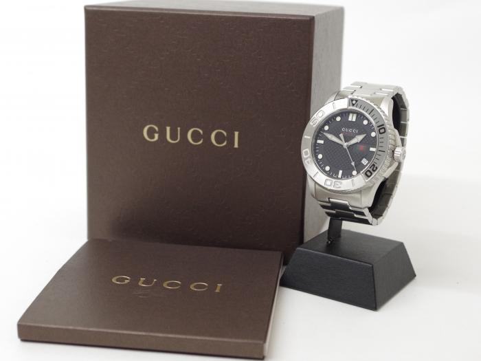 GUCCI グッチ Gタイムレススポーツ 126.2 メンズ腕時計
