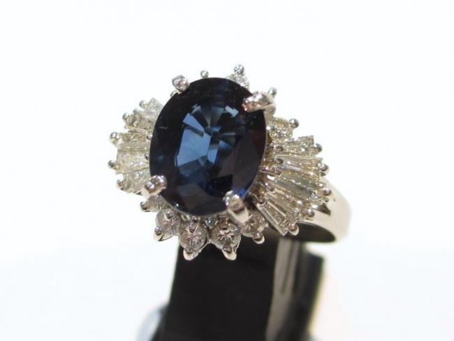 Pt900プラチナ サファイヤ 指輪 2.19ct