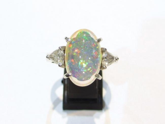 Pt900プラチナ クリスタルオパール 3.61ct 指輪