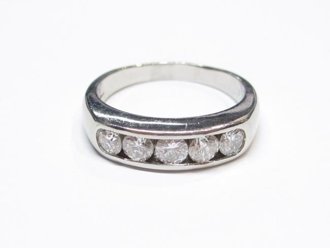 プラチナ ダイヤモンドリング Pt900 D/1.01カラット 9.1g